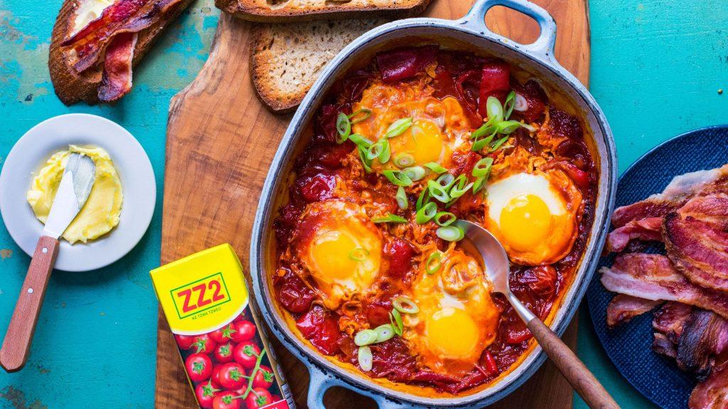 Tomato Poached Eggs with Bacon Sourdough