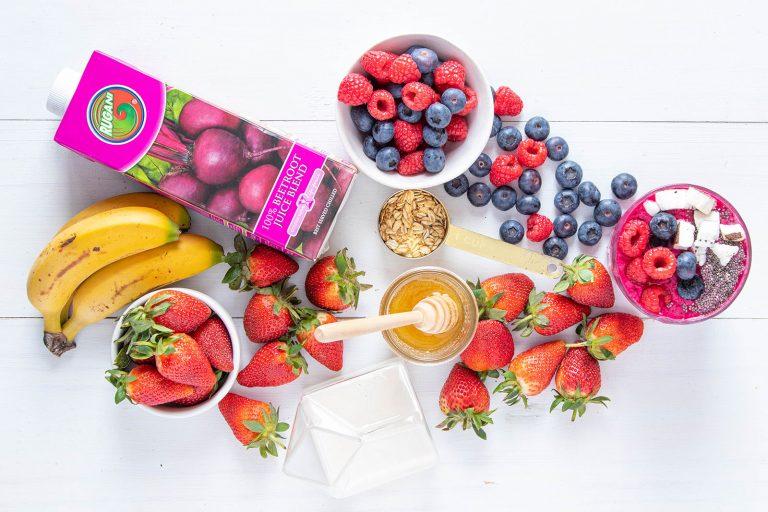 Rugain beetroot berry smoothie (vegan)