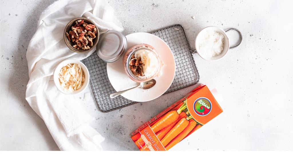 Carrot Cake Overnight Oats (V)